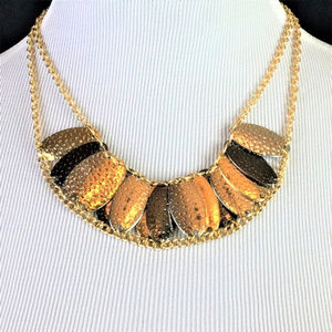 Jewelry - Chunky Statement necklace Hammered Oval Layered